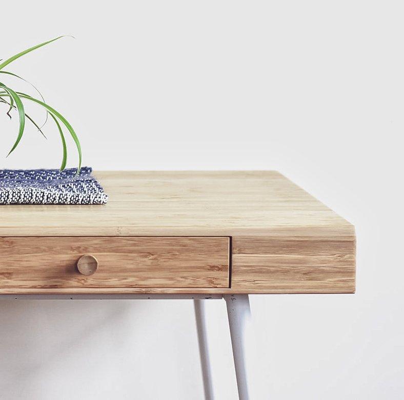 Minimalist wall mounted desk