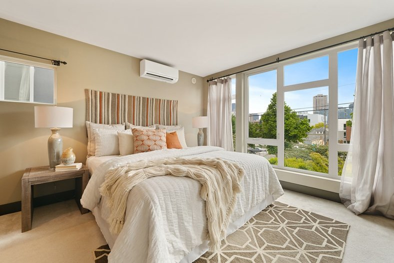 feng shui bedroom - select the bed's oosition carefully