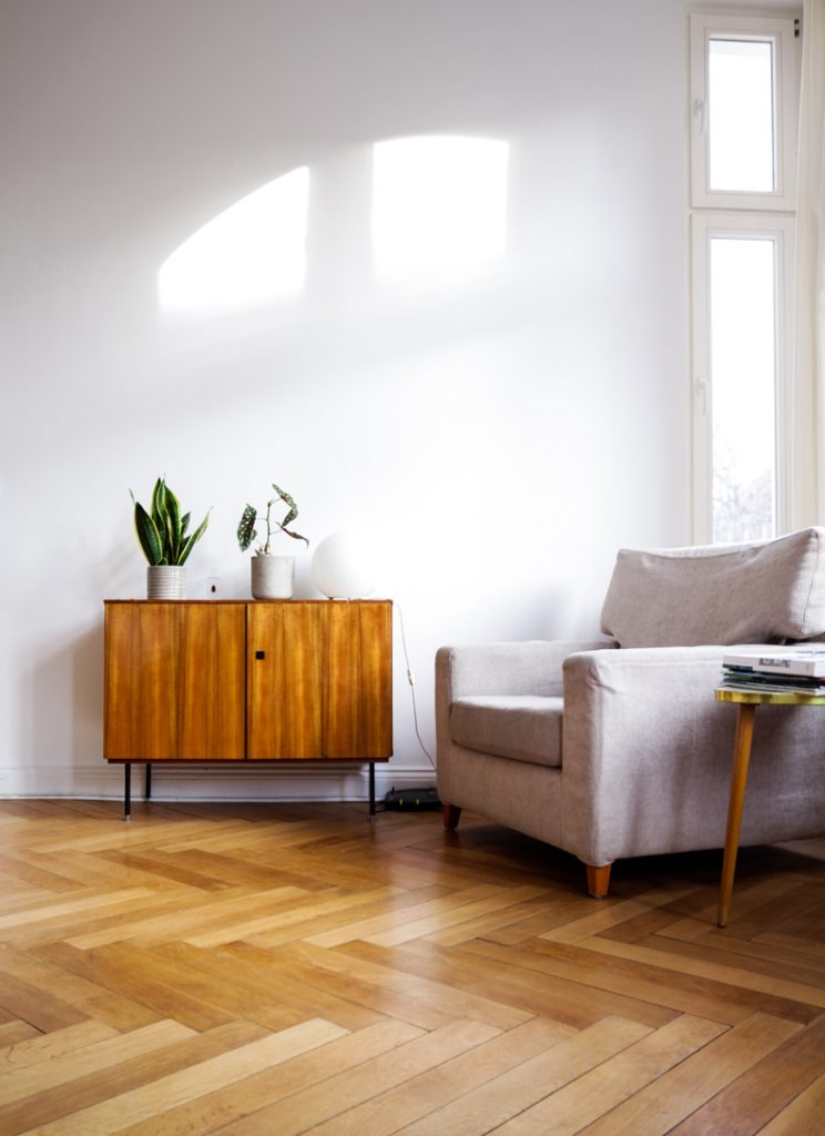 Getting the Lighting Right in Your Feng Shui Living Room