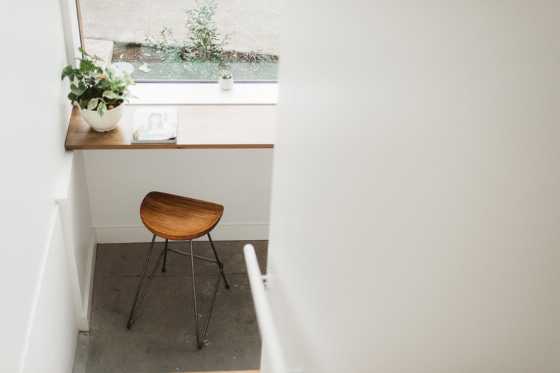 Creating a cozy minimalist home, make your entry way feel welcoming